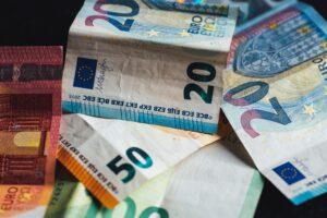 Nederlandse bedrijven betalen in coronaperiode vaker op tijd dan eind 2019